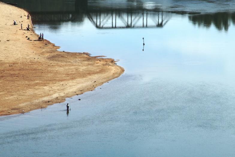 Pescadores amadores no alto Rio Grande a jusante da UHE Funil