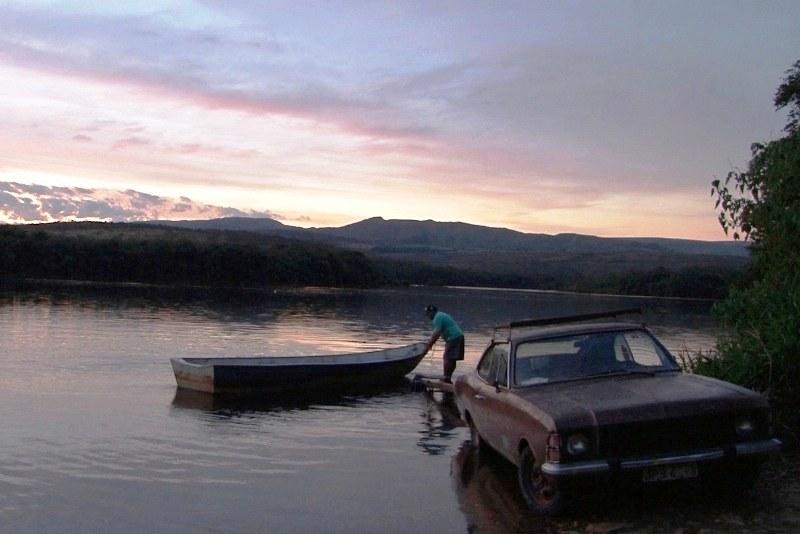 Morador ribeirinho no médio Rio Grande